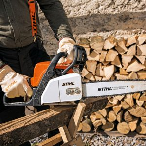 STIHL MS 170, шина 30 см-ПРОМО ПАКЕТ 1 л масло  за верига Forest Plus